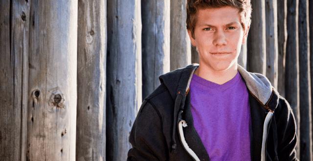 teenage-boy-purple-tshirt