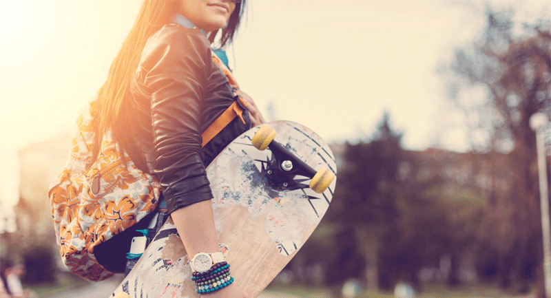 girl-with-skateboard