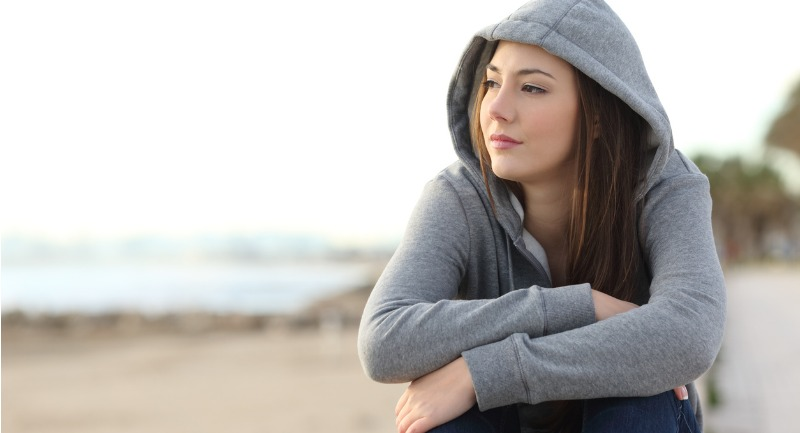 longing-pensive-teenager-looking-away